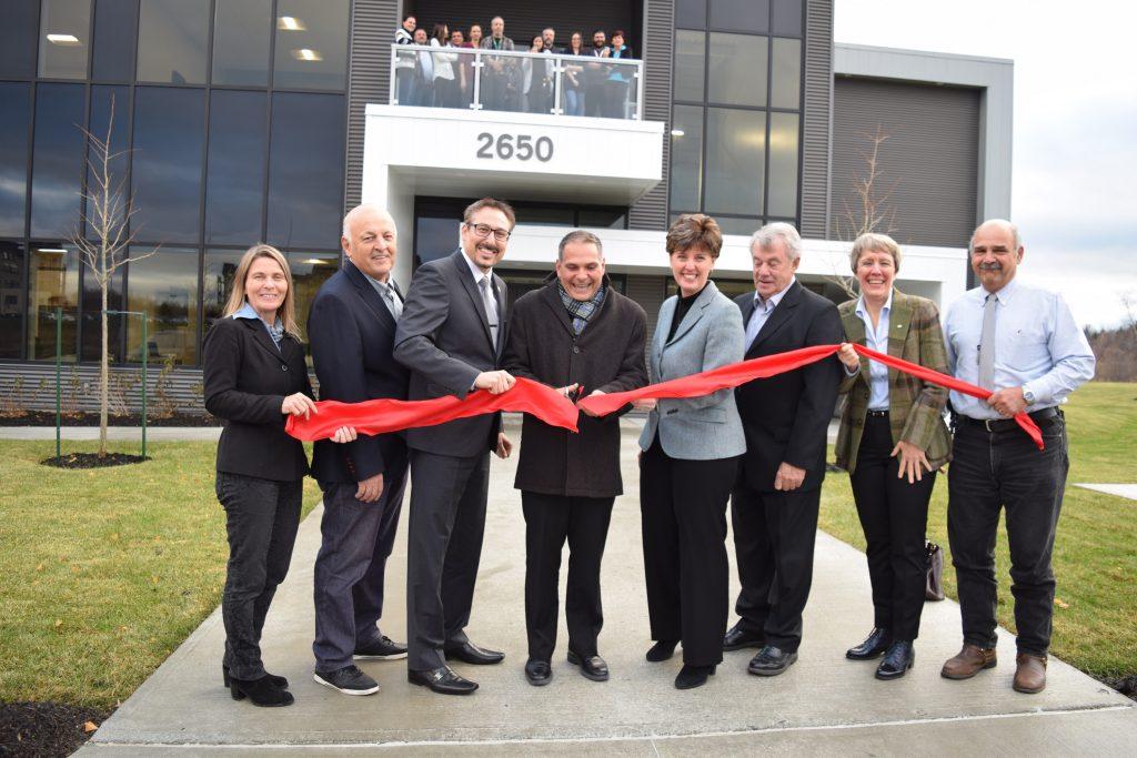Inauguration officielle d'Espace LABz, le multilocatif scientifique dédié aux Sciences de la vie à Sherbrooke